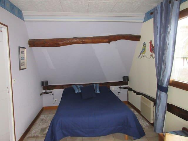 Ferme des Simons - chambre Bleuet - Martagny - Bed & Breakfast