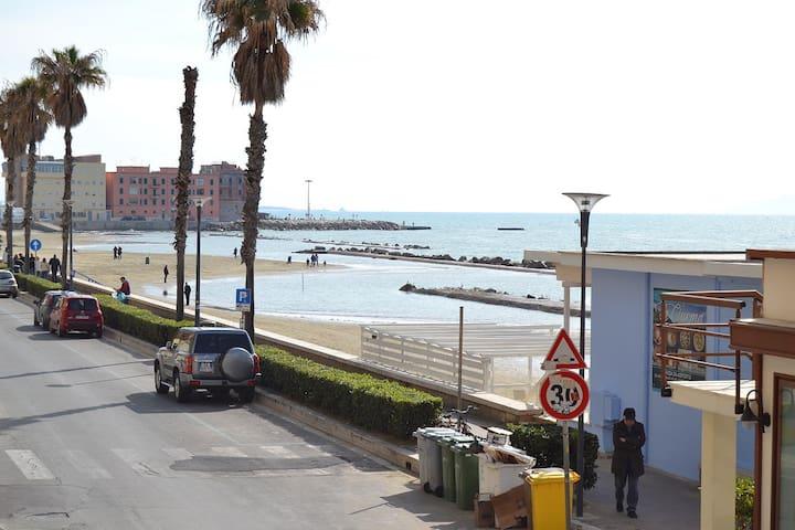 Appartamento fronte mare Anzio centro - Anzio - Apartmen