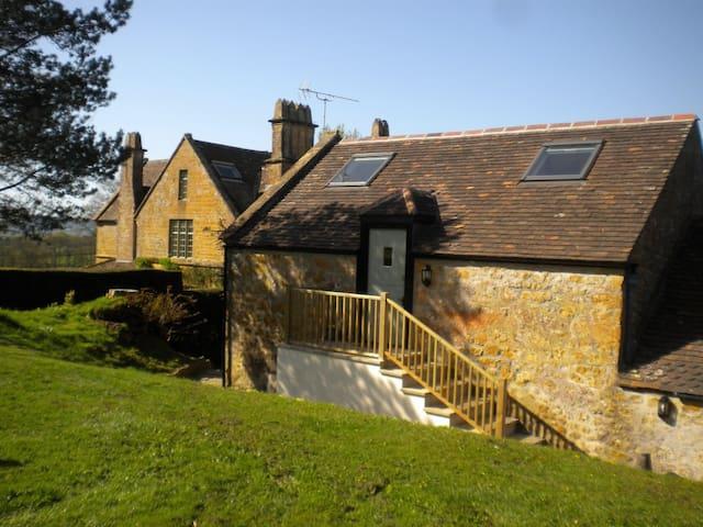 Spacious Apple Loft near Beaminster and Bridport - Dorset - Huis