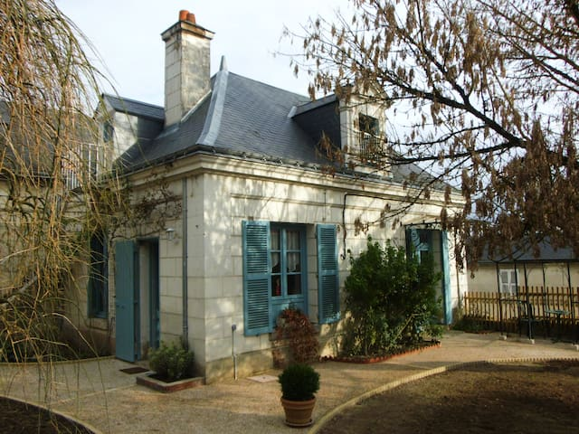 PRETTY CHARMING HOUSE 4 TO 6. ZOO BEAUVAL, CASTELS - Loches - 一軒家