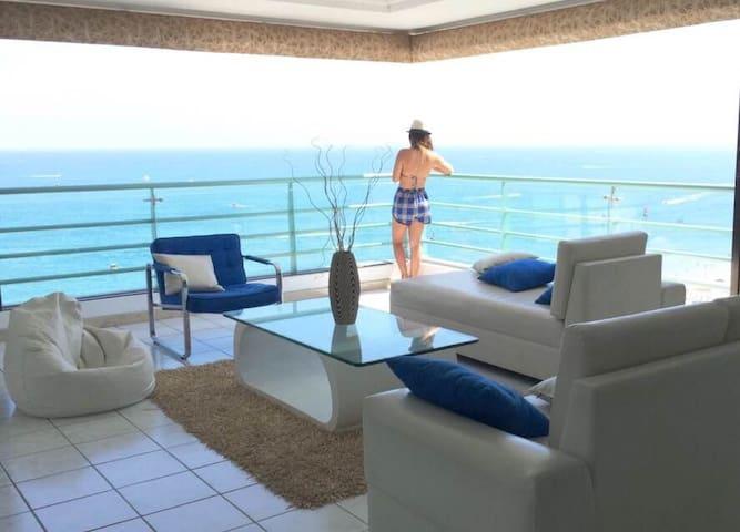 Apartment 3 Bedrooms SeaFront - Apartamento 3 Dorm - Salinas - Apartemen