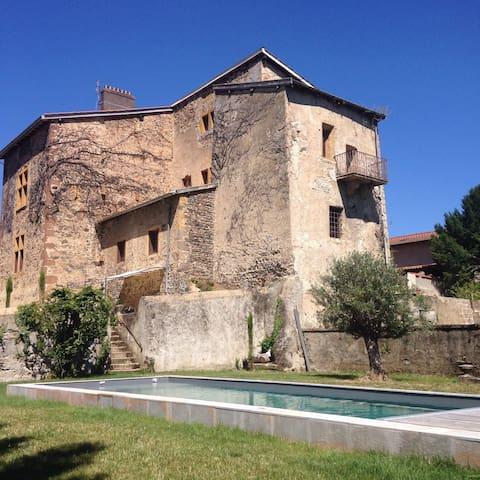 Séjour de charme au Château du Mas - Bessenay