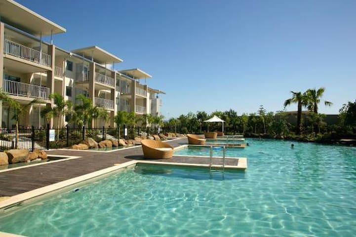 LAGOON POOL ACCESS PEPPERS SPA SUITE 2 BEDROOM - Kingscliff - Daire