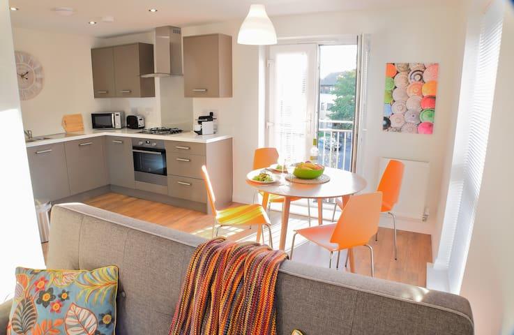 Beautiful Apartment No.1  in Hampton, Peterborough - Peterborough - Huoneisto