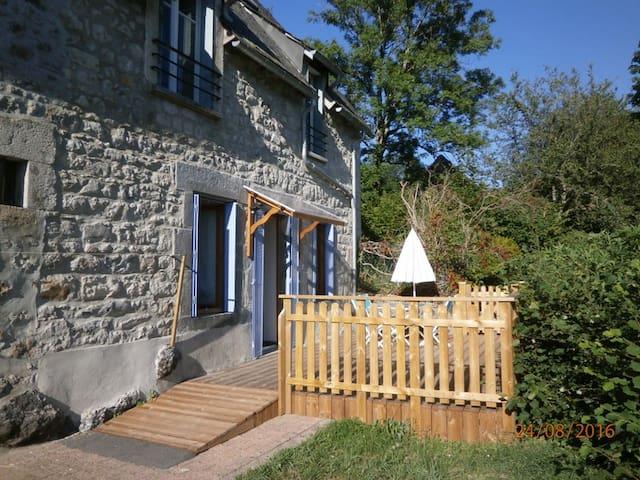 nature,calme et magnifique panorama sur le Sancy - Le Mont-Dore - Departamento