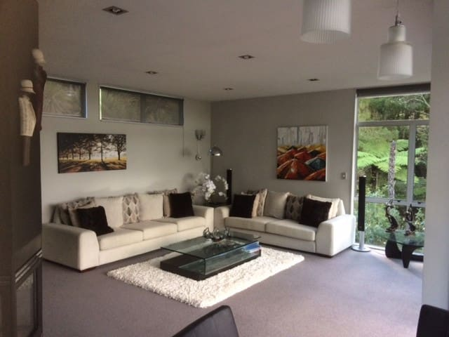 The Tree House - Auckland - Casa