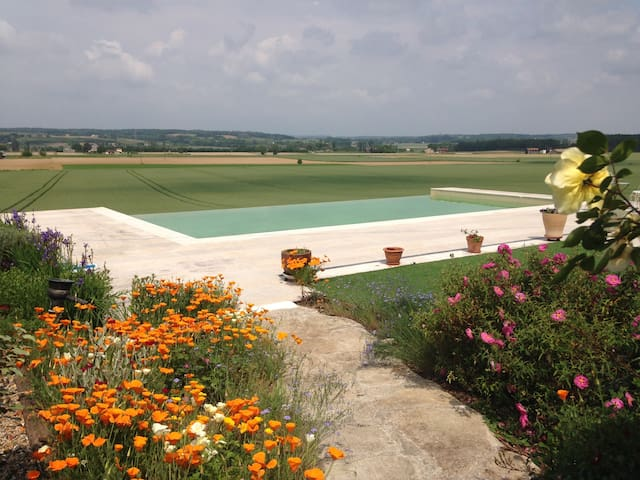 Gorgeous Cottage, countryside views & pool - Saint-Pierre-sur-Dropt