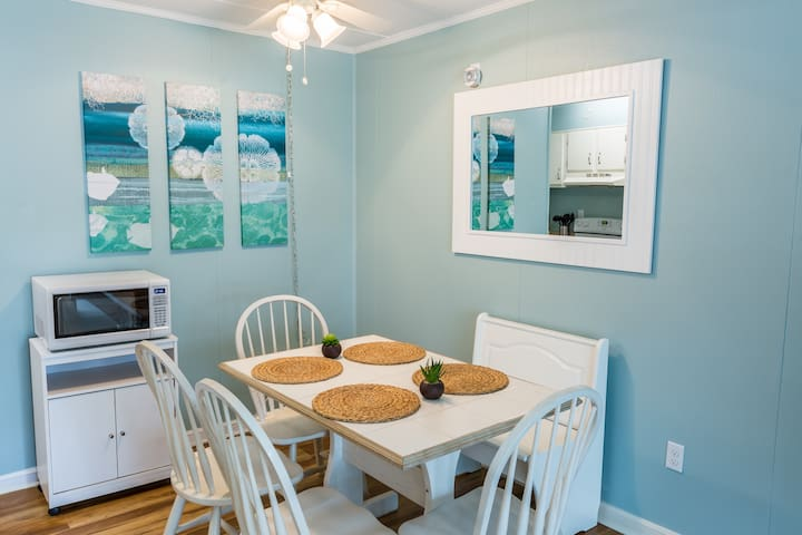 Clean, Cozy & Steps to the Beach! - Ocean City