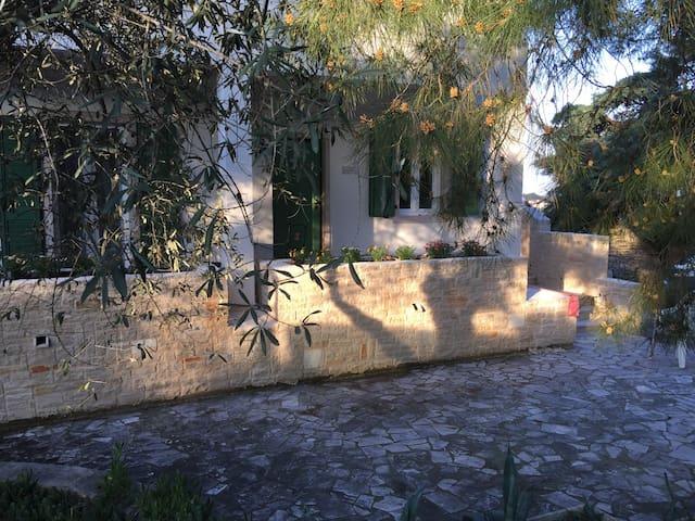 Villa Valeria B&B - Corato - Villa