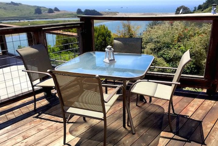 River Sea Cottage to Ocean Views - Jenner