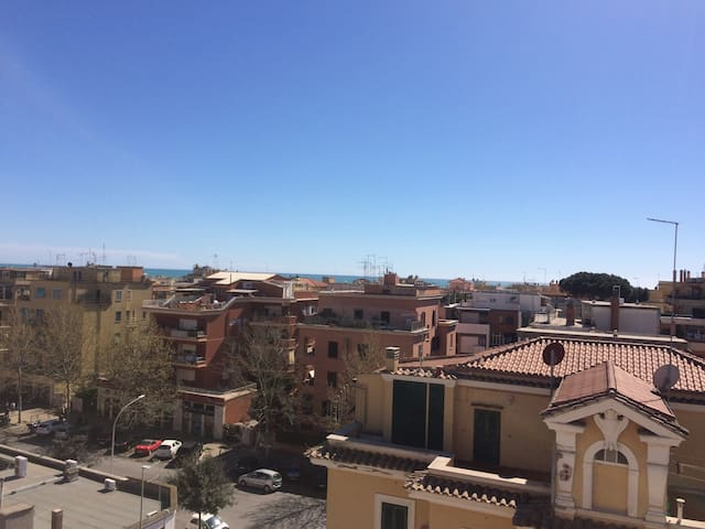 Roma: cosy studio flat with seaview - Lido di Ostia - Appartement