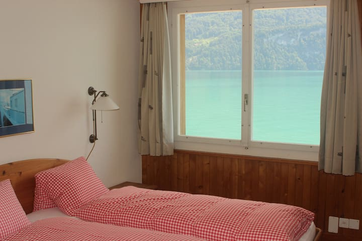 Lakefront Apartment Brienzersee - Brienz - サービスアパートメント