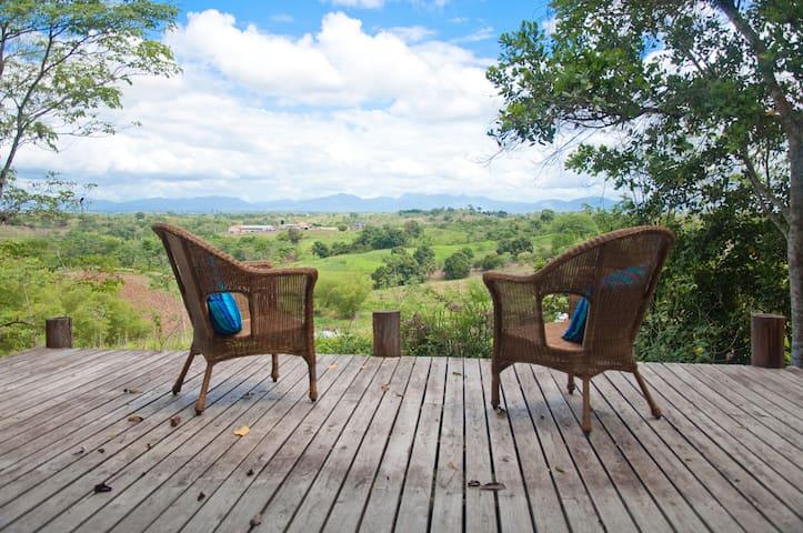 Ajoupa Garden Cottage in Trinidad, West Indies - Caparo - 小木屋