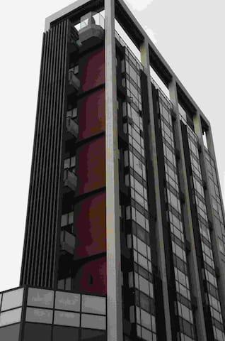 生活便利的樓中樓小豪宅,兩房/餐廳廚房/客廳/衛浴 - North District - Апартаменты