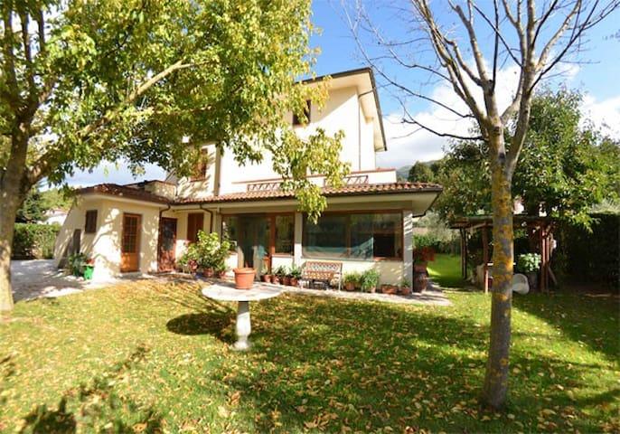 LA FONTANELLA ABETE - Nocchi ( Camaiore) - Departamento