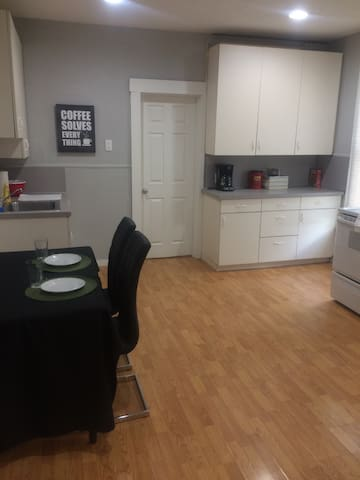 Private apartment close to fun area! - Omaha - Appartement