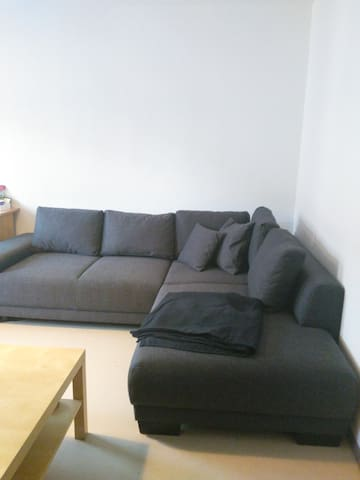 Only Woman Bed & Breakfast Huge Sofa WIFI - Nürnberg - Bed & Breakfast