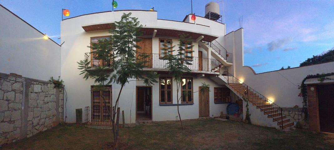 Mi descanso en la montaña GranLugar - Oaxaca - Casa