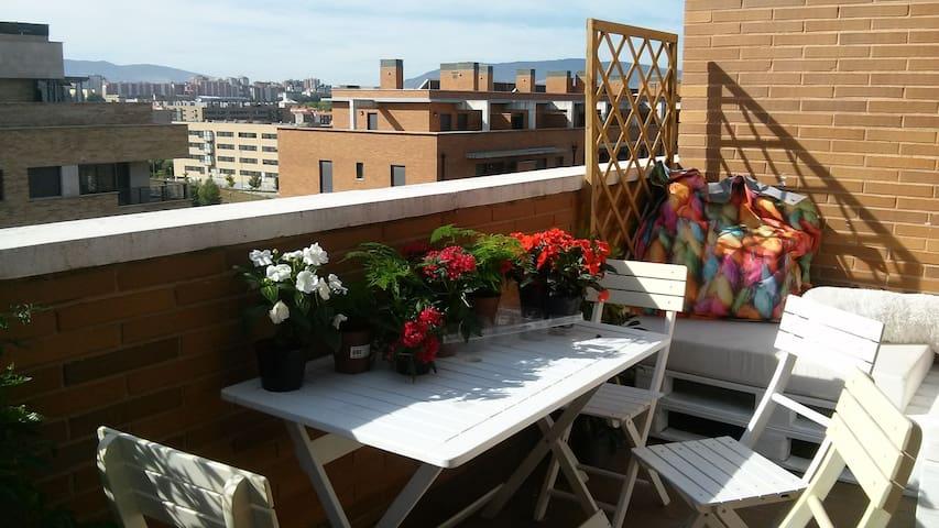 Precioso ático-apartamento con dos terrazas - Artica - Lyxvåning