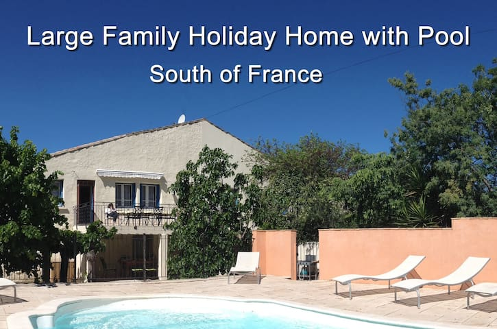 Large Holiday Home with Pool - Laurens - Huis