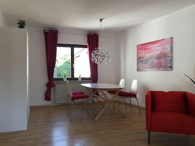 Vor den Toren Mainz- 3-Zimmerwohnung mit 80m² - Essenheim - Daire