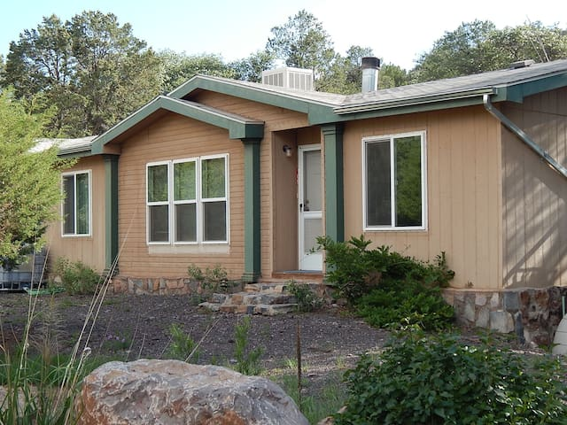 Mountian Valley Home - Quite - Silver City - Hus
