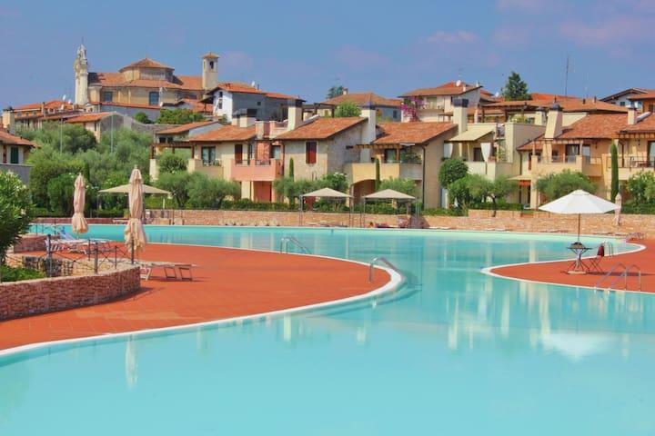 Garda Resort Apartment - Manerba del Garda - Leilighet