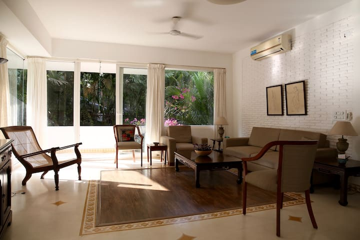 Sunny, airy, furnished apartment near Candolim - Reis Magos  - Apartamento
