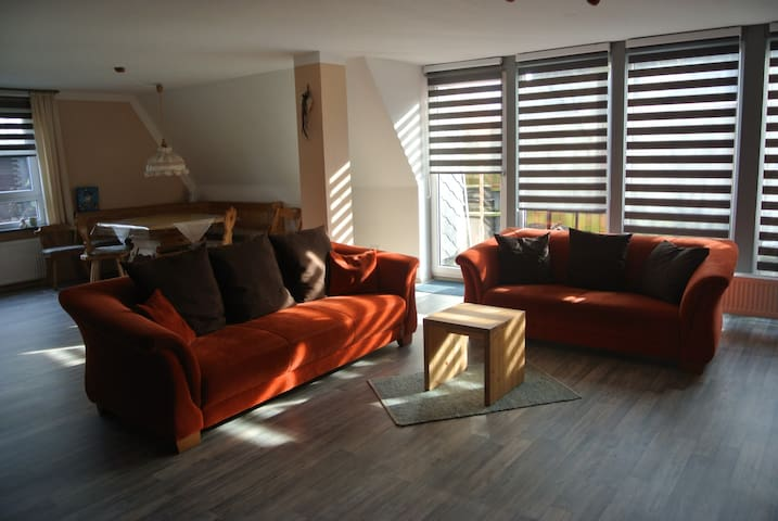 Cozy spacious apartment with fireplace for7 people - Wurster Nordseeküste - Lägenhet