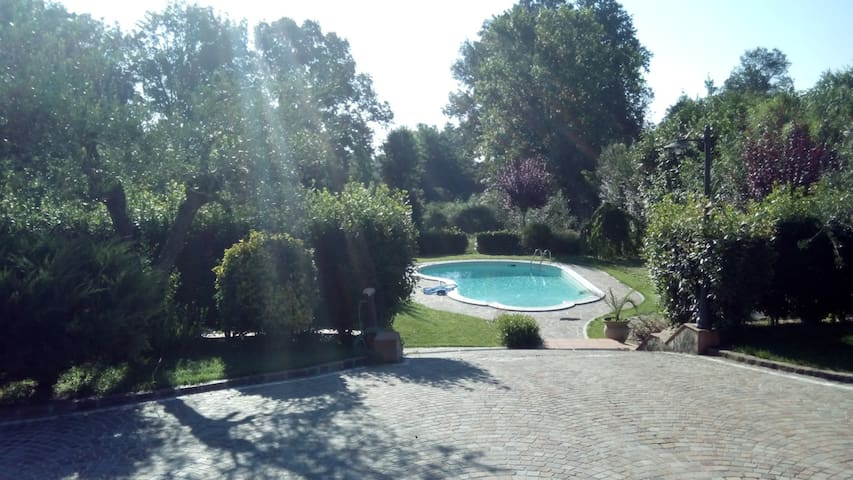 VILLA with POOL for RELAX - Pofi