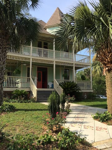 The Old Spanish Consulate Master Suite - Pensacola - Bed & Breakfast