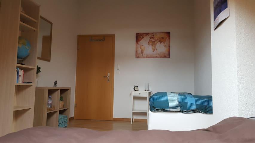 Chambre au centre d'Avenches - Avenches - Wohnung