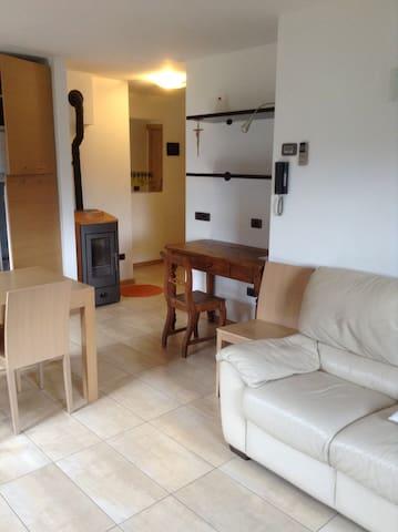 Casa in AltaValtellina a pochi km Bormio e Livigno - Valdidentro - Leilighet