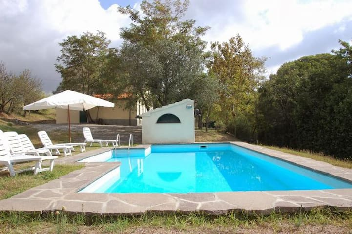 Nice apartment on the hills with lawn and pool - Rosignano marittimo - Departamento