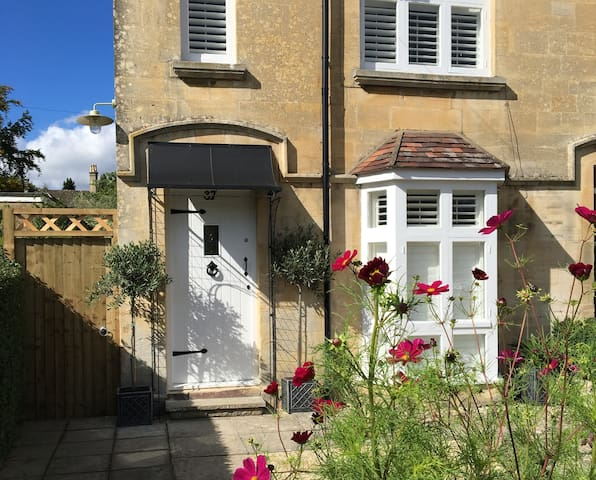 Brook Cottage - Pretty Cotswold cottage,Winchcombe - Winchcombe - Dom