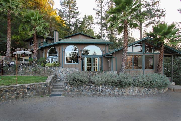Alexander Valley Lodge Pool/Hot Tub - Geyserville