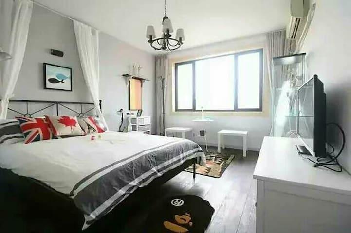 近地铁北欧风核心地段老上海公寓房 - Şangay - Daire