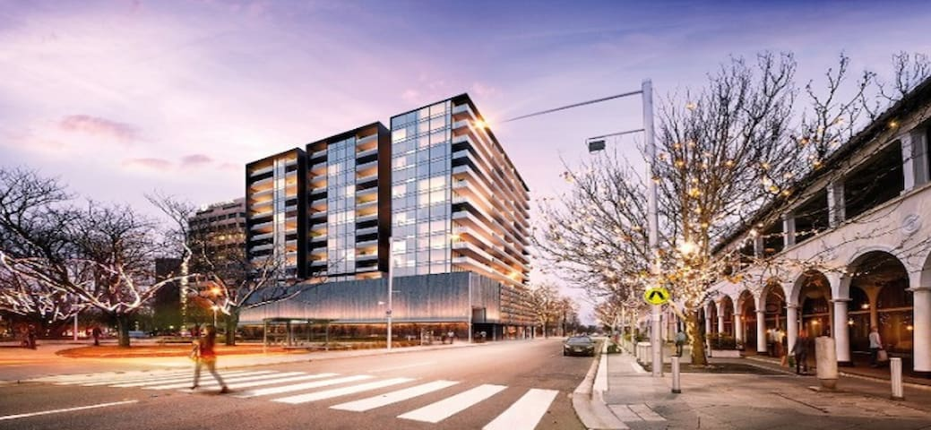 Canberra Centre Luxury Two Bedrooms Apartment - Canberra