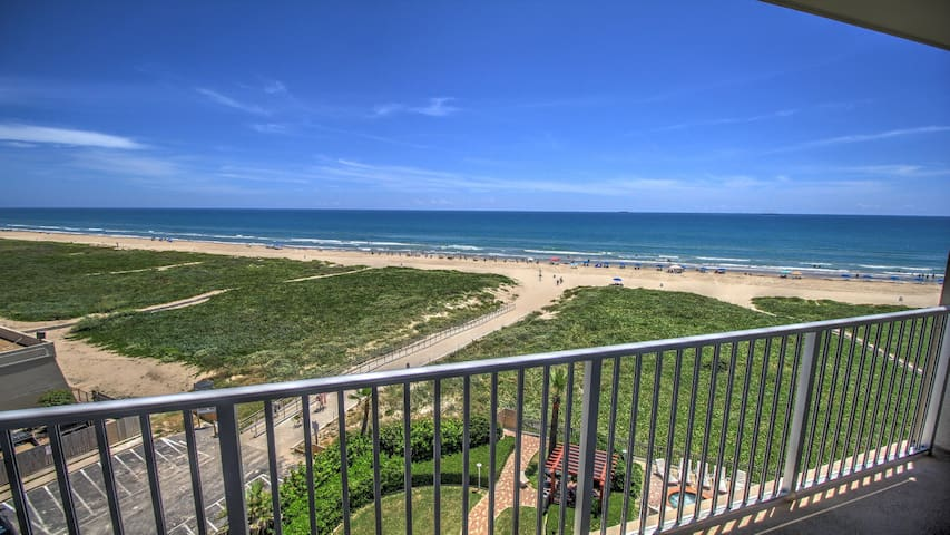 Yes this is really your ocean view. - South Padre Island - Lyxvåning