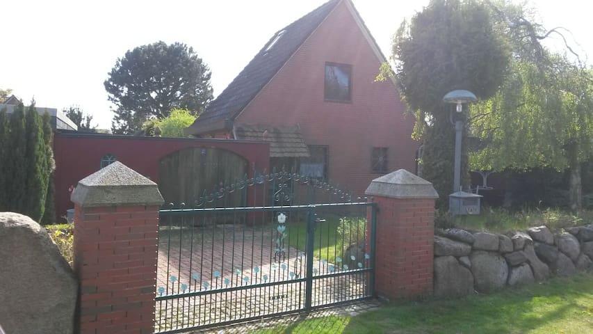 Schönes Haus in Heidkate/Ostsee - Wisch