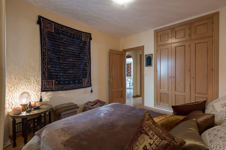 GRANADA Retreat + Super Speedy Wifi - La Zubia - Apartemen