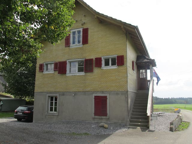 Room in a Farmhouse  - Neudorf - Hus