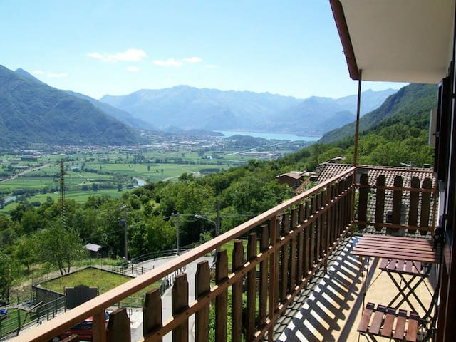 Holiday apartment in Valtellina - Cino - Appartement
