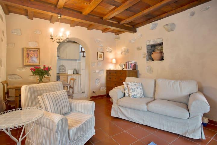 Borgo della Madonnina, La Stalla - Lucca