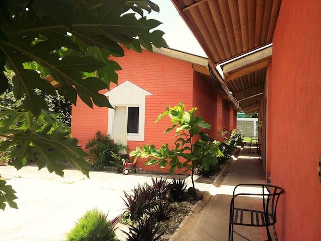 Habitacion privada en Hotel Villa de Flores