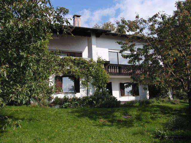 Idyllisches Ferienhaus  - Wegscheid - Huis