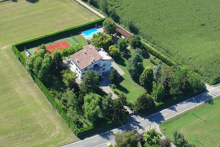 Appartamento in Villa - Castel Gabbiano - Villa
