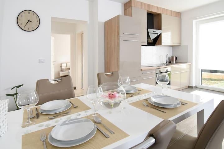 Villa LUX**** Malinska - 4 persons ALL NEW 2017 - Radići - Lägenhet