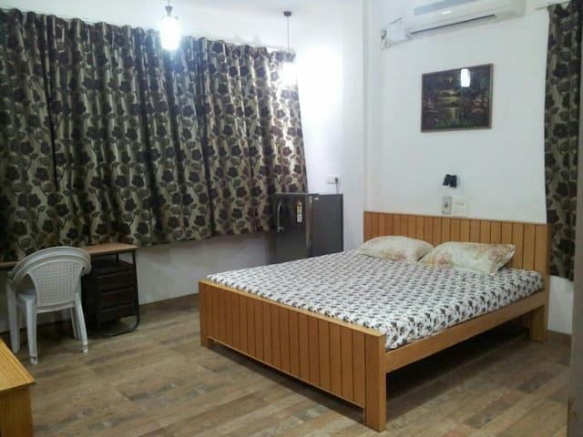 Bis-Lin Deluxe Home Stay Bed & Breakfast  . - Kuzey Goa