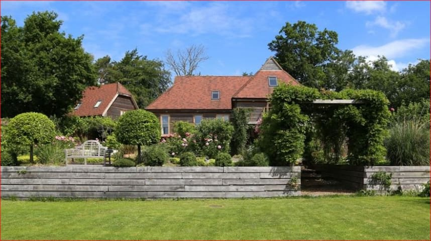 Large Country House for 21 people - Flimwell - Huis